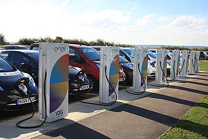 Nissan powers up UK-based European R&D hub with vehicle-to-grid technology